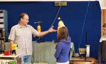 2011_12_Pokazy z fizyki