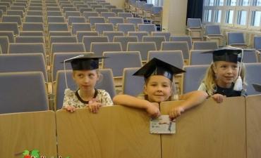 2012_10_UCZNIOWIE KLASY 2 B STUDENTAMI UMCS_1