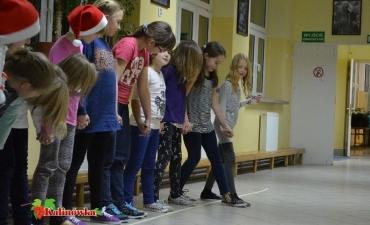 2013_12_Piżama Party klasy IV_9