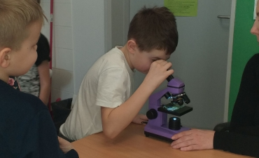 2020_02_mikroskop